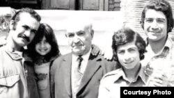 مهرداد فرخزاد، حسین منصوری، سرهنگ محمد فرخزاد، فریدون فرخزاد