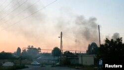 Pamje e tymit të zi mbi Donjeck para disa ditësh