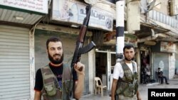 Minorities in Syria are trying to flee the heavy fighting.