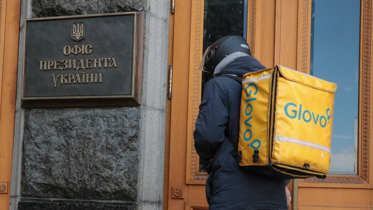 Украина ведет одновременно три битвы. Борьба с COVID-19 по-украински