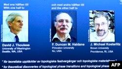 Лауреаты Нобелевской премии по физике 2016 года Дэвид Таулес, Дункан Холдейн и Майк Костерлитц (слева направо).