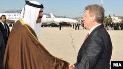 Претседателот Ѓорге Иванов се среќава со Емирот од Катар, Шеик Хамад Бин Калифа Ал Тани во Скопје на 17 октомври 2011 година.