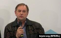 Анатолий Калюжный