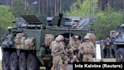 ნატოს ჯარისკაცები პოლონეთში