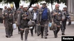 «АрселорМиттал» шахтерлері. Қарағанды облысы, 24 маусым 2010 жыл. (Көрнекі сурет)