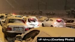 بارش برف باعث بسته شدن تعدادی از راهها در ایران شده است