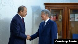Абдулла Арипов Бишкекда президент Алмазбек Атамбаев томонидан қабул қилинди.