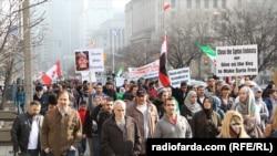 تظاهرات سوری های مخالف بشار اسد در تورنتو