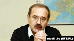 """Yuri Borisov este secretar al Mișcării Rusofilii, de la Sofia, care pledează pentru apropierea de Moscova, și fost redactor-șef al oficiosului socialist """"Duma"""""""