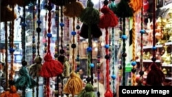 Тәһран базарындагы көнчыгыш кибет
