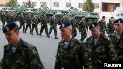 Українські морські піхотинці прибули в Київ з Феодосії, 27 квітня 2014 року