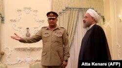 دیدار قمر جاوید فرمانده ارتش پاکستان با حسن روحانی در ۱۵ آبان ۱۳۹۶ در تهران