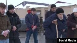 Бахарчиевы на сельском сходе, 21.12.2016