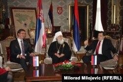 Milorad Dodik (desno) sa predsjednikom Srbije Aleksandrom Vučićem i patrijarhom SPC Irinejem, Banjaluka 9. januara 2016.