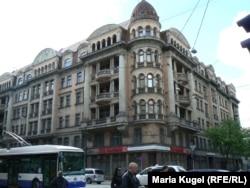 «Кутовий будинок» – колишня будівля КДБ у Ризі