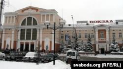 Belarus - Homel train station, 4Jan2013