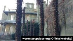 Віялові пальми в Алупкінському парку. Архівне фото
