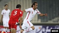 علی کریمی تا دقیقه ۴۵ برای تیم ملی فوتبال ایران بازی کرد.