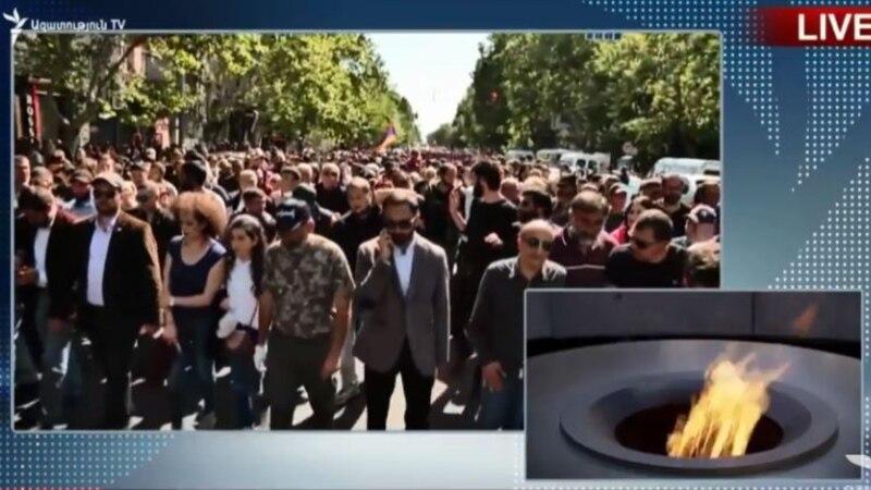 Մեկնարկել է Փաշինյանի հրավիրած երթը դեպի Հայոց ցեղասպանության զոհերի հուշահամալիր