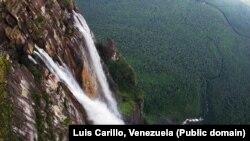 Водопад Анхель. Венесуэла. Фото Luis Carillo, Venezuela