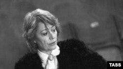 ანი ჟირარდო, 1989 წელი
