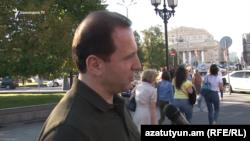 Министр обороны Армении Давид Тоноян дает интервью Радио Азатутюн, Москва, 10 августа 2018 г.