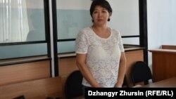 Карлыгаш Асанова, жительница Актобе, которую приговорили к полутора годам ограничения свободы, обвинив в «применении насилия» в отношении полицейского. 25 октября 2019 года.