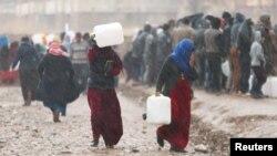 Izbeglice iz Mosula u kampu Kazer