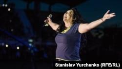 Співачка Лоліта Мілявська на концерті в анексованому Криму, 27 липня 2015