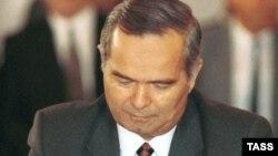 Президент Узбекистана Ислам Каримов. Москва, 1991 год.