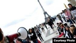 Хокук яклаучылар Универсиаданы бойкотларга чакыра. Париж, 27 апрель 2013