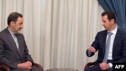 دیدار علی اکبر ولایتی (چپ) با بشار اسد در دمشق
