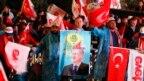 Slavlje pristalica predsednika Redžepa Tajipa Erdogana u Ankari