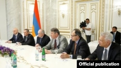 Armenia - Senior Lydian International executives at a meeting with Prime Minister Hovik Abrahamian, Yerevan, 21May2016.