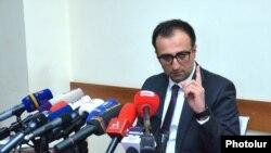 Ermənistanın səhiyyə naziri Arsen Torosian ,Yerevan,1 mart ,2020