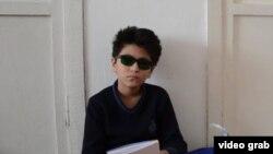 Ученик шестого класса Айбек Сарыбаев. Село Камыстыбас Кызылординской области. 6 апреля 2016 года.
