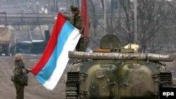 Російські військові у Грозному під час Другої чеченської війни, 2000 рік