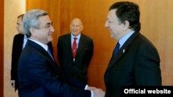 Serzh Sarkisian və Jose Manuel Barrozo
