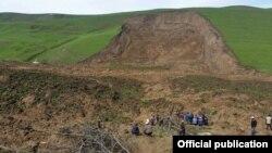 Асанкожоев: 500дөй участокто жер көчкү активдешүүдө