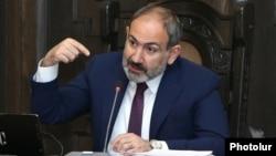 Armenia -- Prime Minister Nikol Pashinian speaks at a cabinet meeting in Yerevan, April 4, 2019.