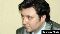 Журналист Валерий Сурганов.