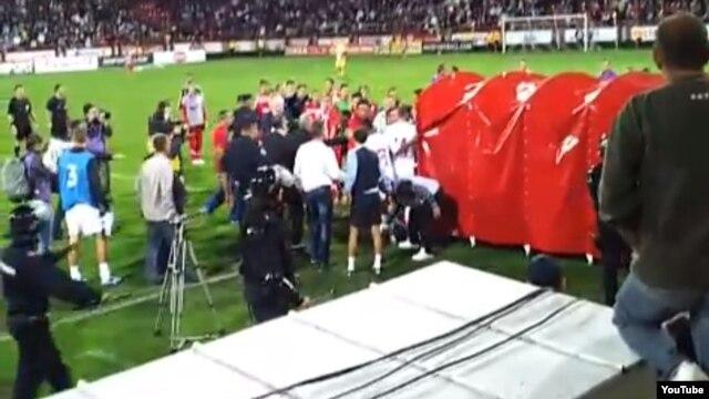 Incident posle utakmice Engleska - Srbija u Kruševcu