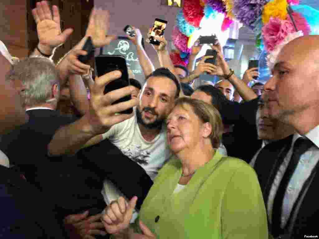 Ангела Меркель Ереванда «Тумо» креативті технология орталығында да болды.