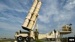 Израильдің зымыран құрылғысы. Тель-Авив маңы, 7 қараша 2002 жыл. (Көрнекі сурет)