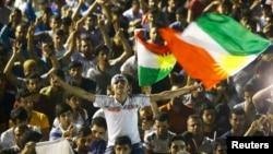 HDP tərəfdarları Diyarbəkirdə seçkilərin nəticələrini bayram edirlər – 7 iyun 2015