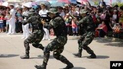 Показательные выступления китайского спецназа