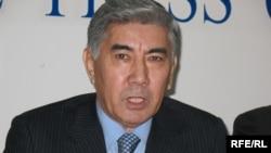 Жармахан Тұяқбай, Жалпыұлттық социал-демократиялық партиясының төрағасы. Алматы, 24 желтоқсан 2008 ж.