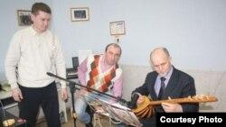 Чуашстан татарлары милли музыка коралларында уйнарга өйрәнә