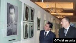 Gurbanguly Berdymuhammedov and Ilham Aliyev at a 2008 meeting