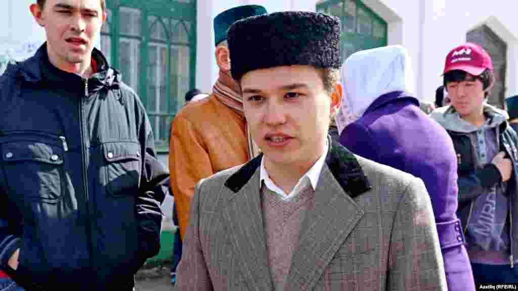 Дөнья татар яшьләре форумы җитәкчесеТәбризЯруллин